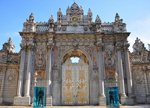 کاخ دلماباغچه استانبول