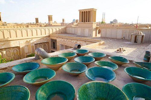 Tehran-Kashan-Abyaneh-Isfahan-Shiraz-Perspoli Tour