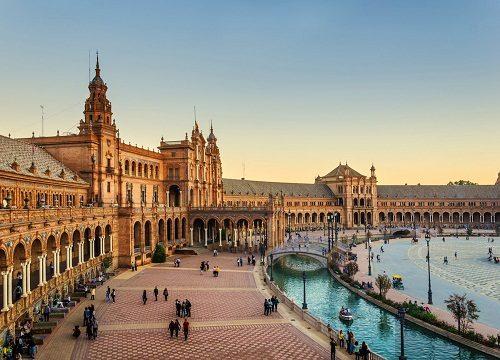 بازی تاج و تخت در شهر سویل اسپانیا